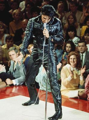 Elvis At The Stage / 68 Comeback Special - gepostet vom ELVIS TEAM BERLIN - March 28th 2015