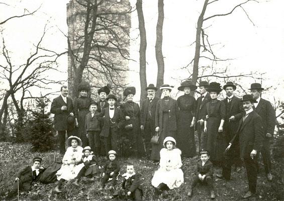 Familienfoto auf dem Johannisberg, Foto von Familie Werle, Online-Museum Bad Nauheim