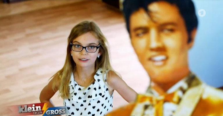 """Lisa Marie Ilge und das Elvis-Duell am 17.10.2014 im Ersten der ARD """"Wir rocken das"""", Foto: Screenshot"""