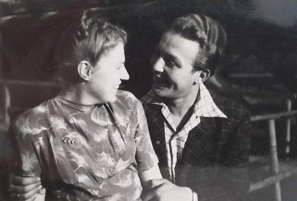 Annemarie und Roland -  Sammlung Roland Hynitzsch, Digitale Leihgabe ans ONLINE-MUSEUM BAD NAUHEIM, Foto: Beatrix van Ooyen
