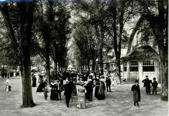 """""""Bad-Nauheim Parkallee mit Tenniscafé"""", Foto von Familie Werle, Online-Museum Bad Nauheim"""