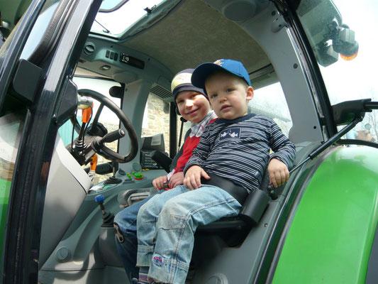 Traktor fahren - Bauernhof Nrw