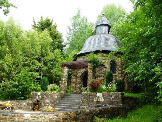 Kapelle im Rurtal beim Ferienbauernhof Eifel