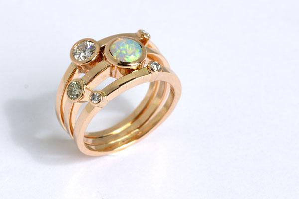 bague or rouge opale du Brésil et diamants
