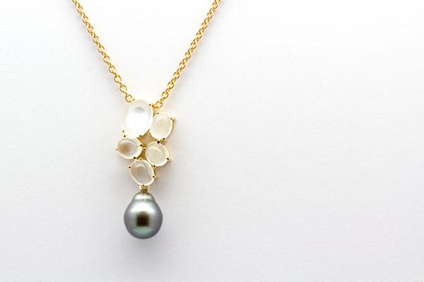 pendentif or jaune perle Tahiti et pierres de lune