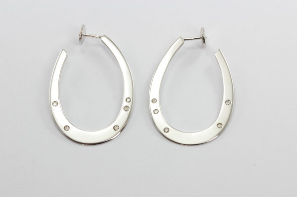 boucles d'oreilles or blanc et diamants