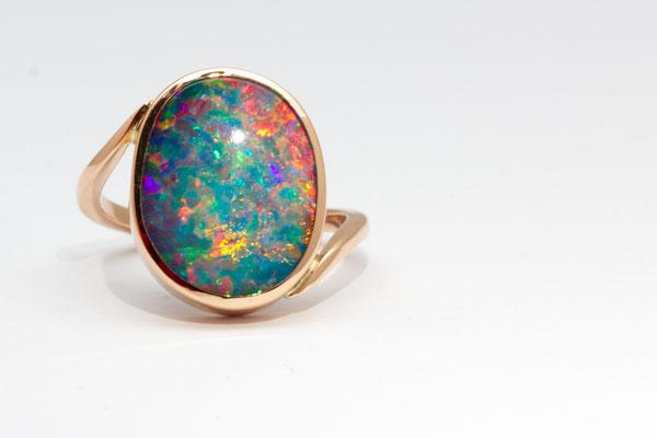 bague or rouge opale doublet Brésil