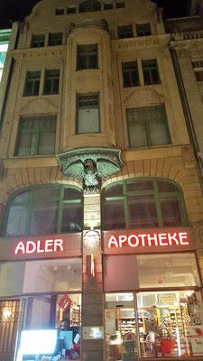 Adler Apotheke, Leipzig; Foto Joachim Kusserow; Der junge Fontane arbeitete in dieser Apotheke von April 1841 bis Februar 1842 als Apothekergehilfe.