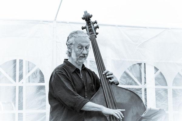 Agua-Nova - David Moss - Kontrabaß