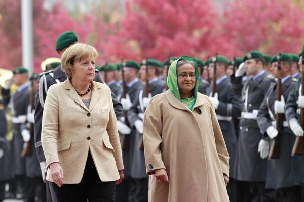 Bundeskanzlerin Angela Merkel mit Sheikh Hasina Wajed,  Ministerpräsidentin von Bangladesh