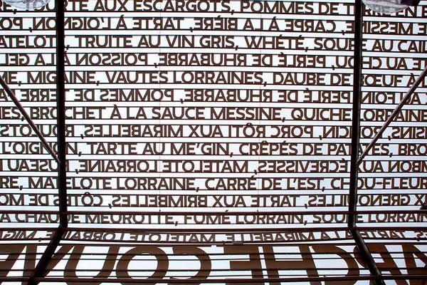 Detail der Markthalle in Metz in Frankreich