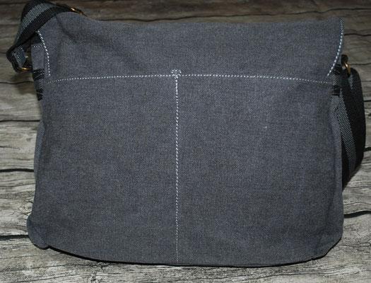 Tasche Rückseite mit 2 Einstecktaschen