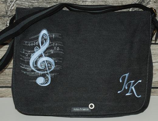 vintage schwarze Tasche, Stickerei hellblau Nr.1075