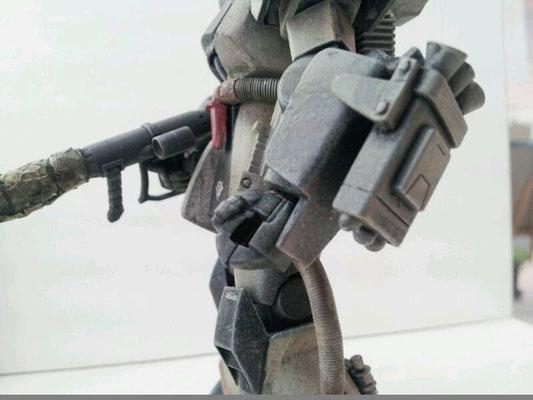 左腕…武器1