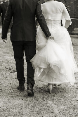Kirchliche Hochzeit von Anika und Benni Bunter Garten Mönchengladbach