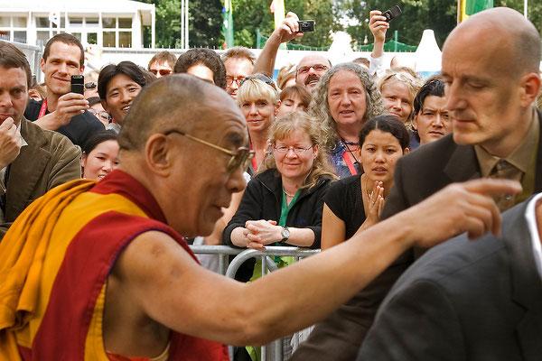 14. Dalai Lama - Tenzin Gyatso - und seine Anhänger