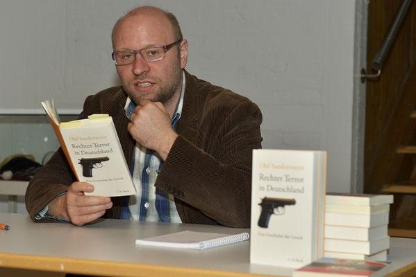Olaf Sundermeyer - Journalist und Publizist