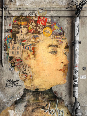 Mademoiselle inside the wall