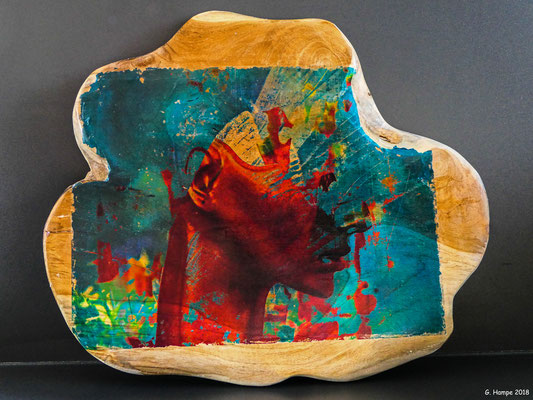 Red head in explosion on teak 33 x 27 cm