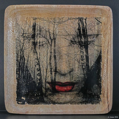 The face in the forest on wood 25 x 25 cm