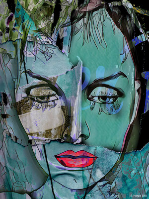 The green face with red lips