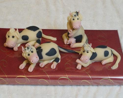 Marzipanfigur Kühe