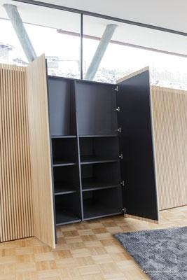 Einbaumöbel mit Leistentüren / Entwurf: Gronych + Dollega