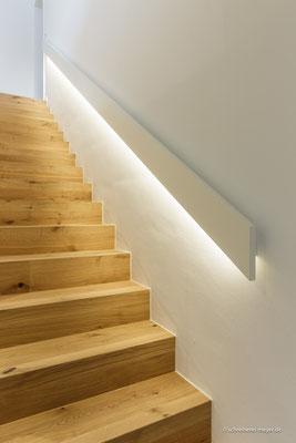 Handlauf mit integrierter Beleuchtung