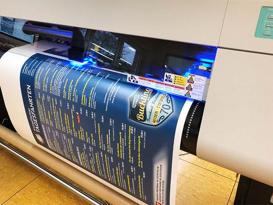 UV-LED Posterdruck auf 150g/² Bilderdruckpapier von der Rolle