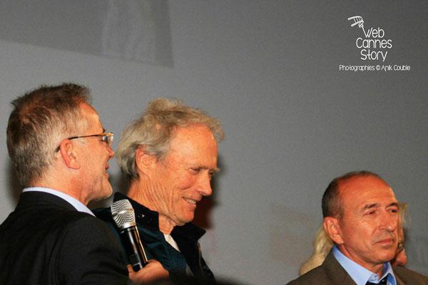 Gérard COLLOMB, Clint EASTWOOD et Thierry FREMAUX - Lyon - Festival Lumière 2009 - Photo © Anik COUBLE