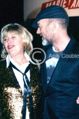 Marianne Faithfull et Michael Stipe chanteur du Groupe R E M  2005 / Photo : Anik Couble