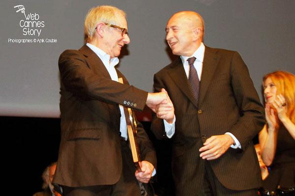 Gérard COLLOMB et Ken LOACH - Lyon - Festival Lumière 2012 - Photo © Anik COUBLE