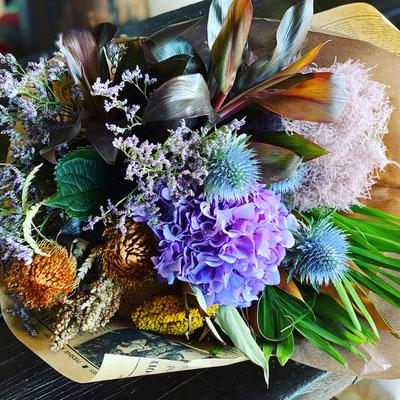 敬老の日ギフト「アジサイと秋色のブーケ」