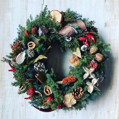 11月 長野 飯田1dayレッスン『フレッシュグリーンのクリスマスリース(35cm)』作り