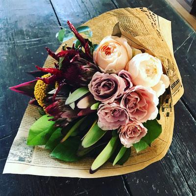 10月 東京 表参道1dayレッスン  『カフェラテ色の秋ブーケ(生花)』