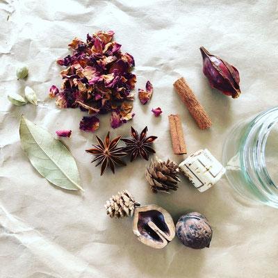 11月ワークショップ「香りのドライフラワービンづめ」