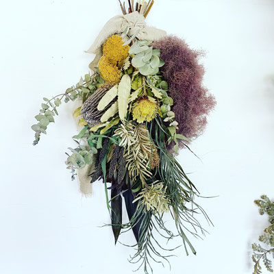 6月1dayレッスン 『スモークツリーとワイルドフラワーのスワッグ』作り