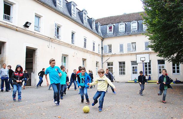 École Saint-Dominique | Les ateliers périscolaires (pause méridienne)