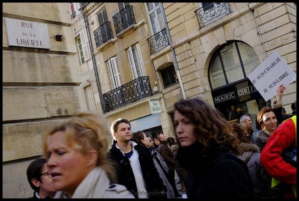 Charlie libre Rue de la Liberté
