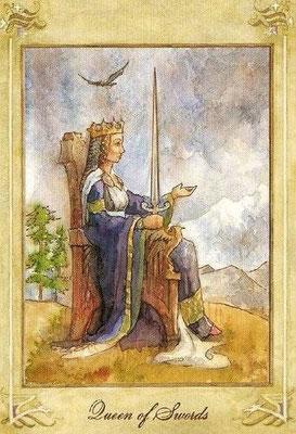 Reine d'Épées - Llewellyn Tarot