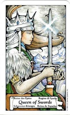 Hanson Roberts Tarot- Reine d'Épées
