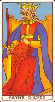 Reine d'Épées - Le Tarot de Marseille Fournier