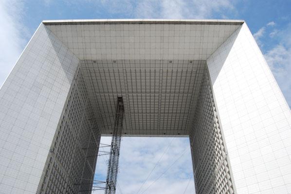 Paris_moderner_Triumphbogen_1