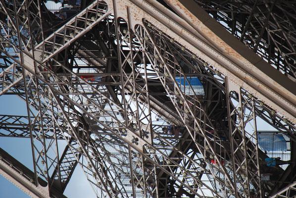 Paris_Eiffelturm_4