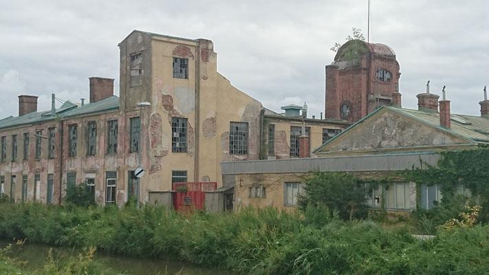 Guntramsdorf_Industrieruine_am_Wiener_Neustädter_Kanal