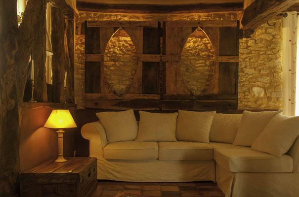 Le chaleureux salon des chambres d'hôtes la Lysiane