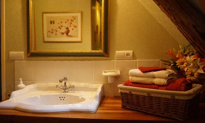 """La salle d'eau de la """"Romantique"""""""