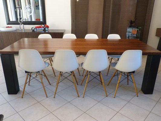 ARTMETA / Table Panorama  250 x 100 cm / Noyer + Noir fine texture