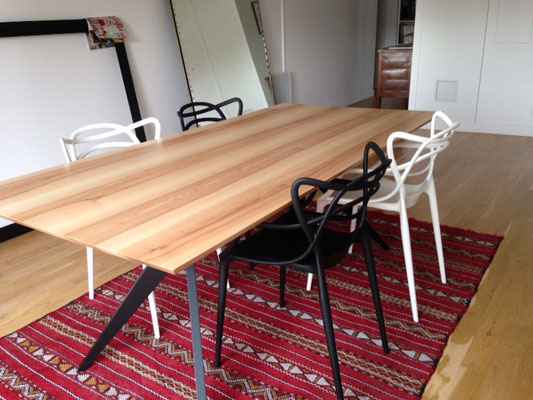 ARTMETA / Table Papillon 200 x 100 cm / Frêne olivier + Charbon noir