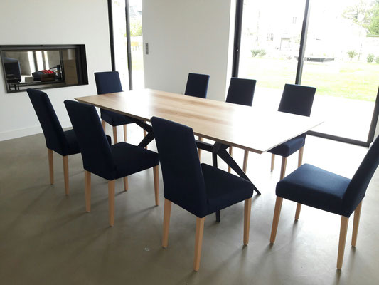 ARTMETA / Table Papillon 220 x 90 cm / Frêne olivier + RAL 5011